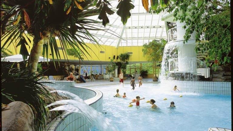 Center Parcs Zandvoort Zwembad.Center Parcs Park Zandvoort Zandvoort Voordeeluitjes Nl