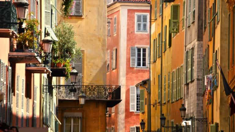 Adonis Marseille Vieux Port