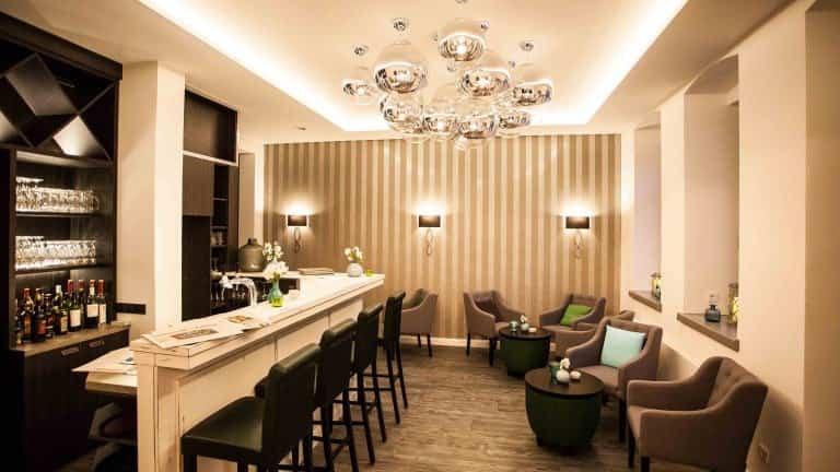 best western hotel via regia g rlitz boek nu voordelig. Black Bedroom Furniture Sets. Home Design Ideas
