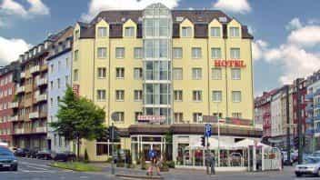 Hotels Dusseldorf Hotelaanbiedingen Bij Voordeeluitjes Nl